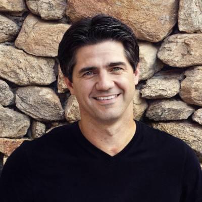 Joshua Becker - Becoming Minimalist Blogger
